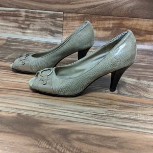 3for$20 A2 aerosoles heels size us 8 tan brown